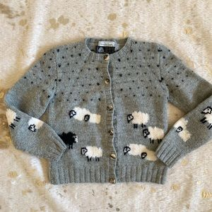 Sweaters - Vintage wool gray sheep cardigan sweater small